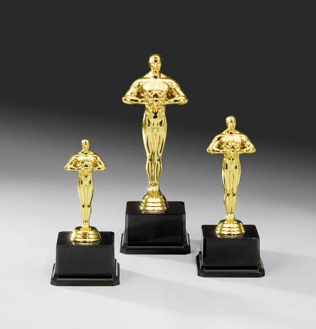 oscar figur pokal. Black Bedroom Furniture Sets. Home Design Ideas